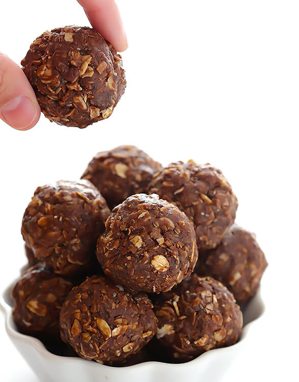 Chocolate oat bites